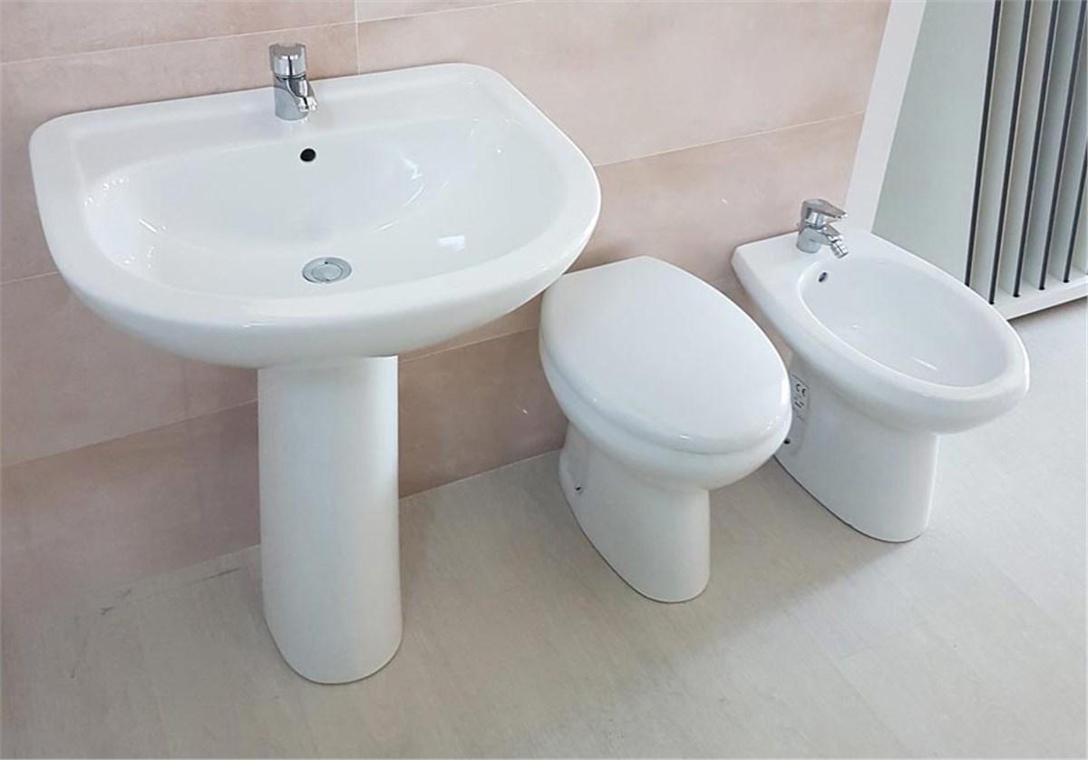 Come posizionare i sanitari del bagno - Come sbiancare i sanitari del bagno ...